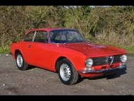 Alfa Romeo Giulia GT 1600 Junior Photograph