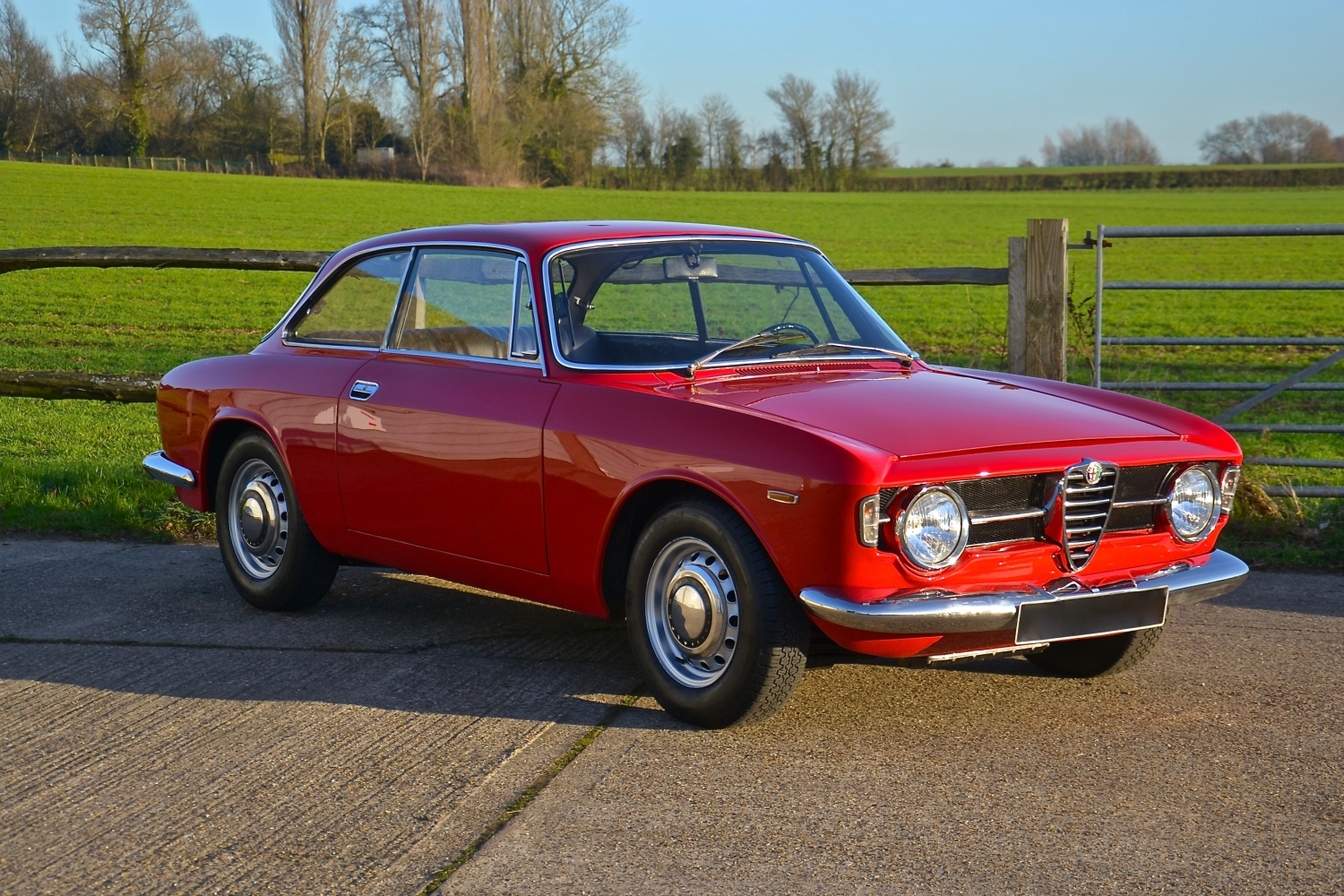 Alfa Romeo Giulia 1300 Gt Junior (SOLD) - Southwood Car ...