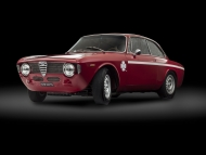 Alfa Romeo Giulia GTA 1300 Junior Photograph